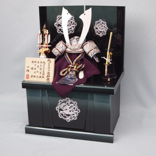 10号 プラチナ箔押兜(収納飾り)